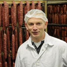 Weidenaar ontwikkelt jubileumworst voor Poiesz Supermarkt