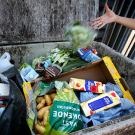 'Hogere voedselprijs wapen tegen verspilling'