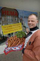 Slager heet Hema op ludieke manier welkom