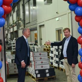 Vergrote Coolstore 350 van T. Boer & zn geopend