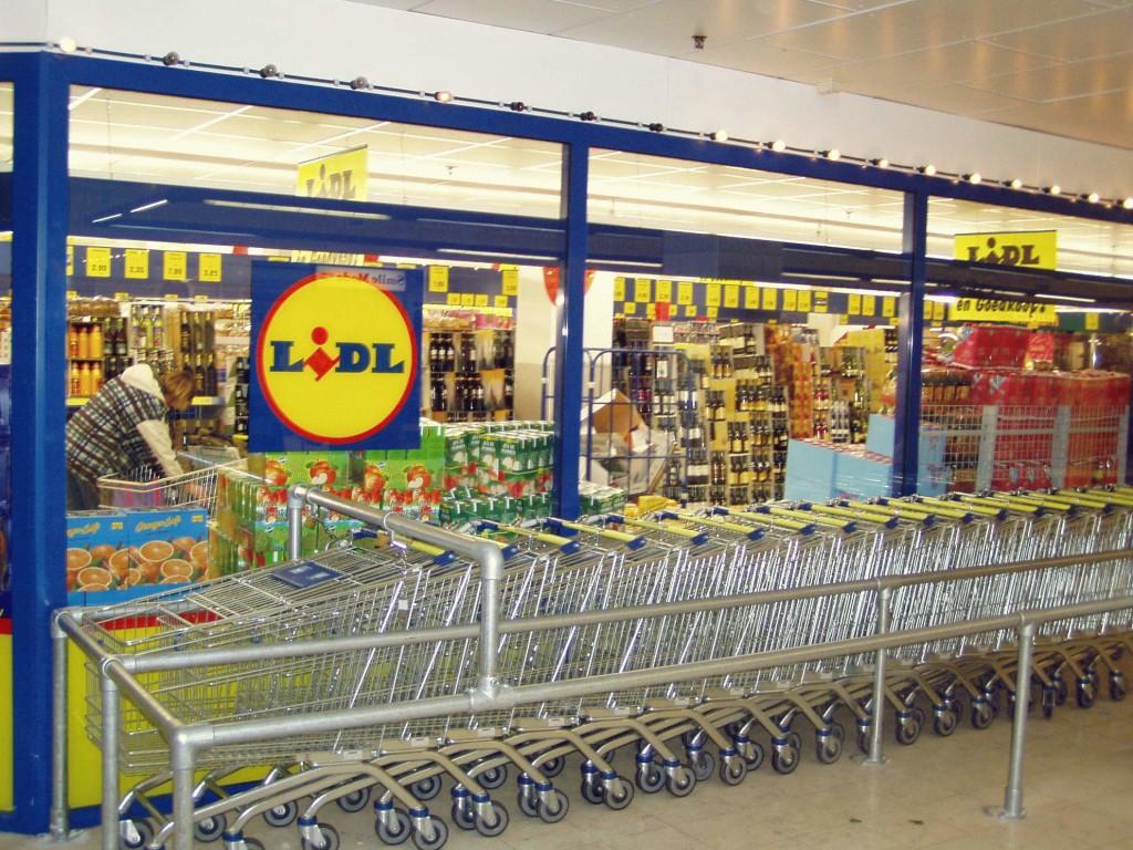 'Geen kipvleeswaren met keurmerk bij Aldi en Lidl'