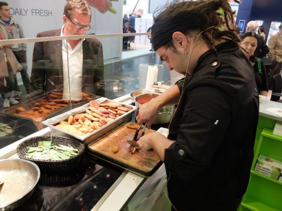 Vegetarische cordon blue schnitzel en gehaktschijf 560x420