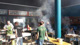 Theo Pronk verzorgt bio-barbecue voor 3000 eerstejaars