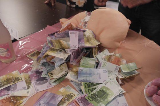 Varken kapot met geld 2   700 560x373