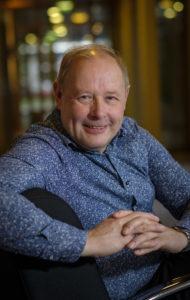 Jan Buitelaar geeft praktische adviezen. Zo weet hij de bedrijfsresultaten van zijn klanten te verbeteren en hen persoonlijk te laten groeien.