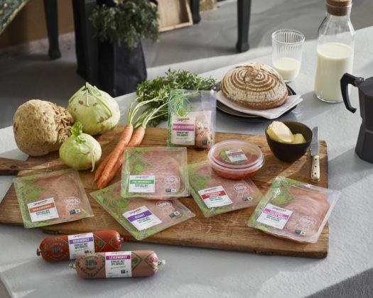 Stegeman Vollof is verrijkt met 30 procent groente en bevat zelfs tot 65 procent minder vet, maar is net zo smakelijk en makkelijk in het dagelijks gebruik als vergelijkbare reguliere vleeswaren. Foto: Stegeman