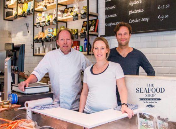 'Toeristische' viswinkel in actie tegen gemeente