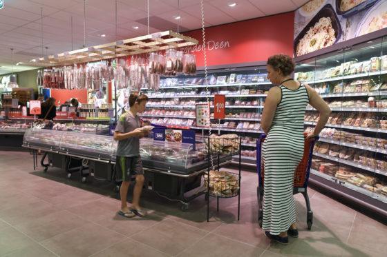 Supermarktketen Deen haalt reeks rundvleesproducten terug