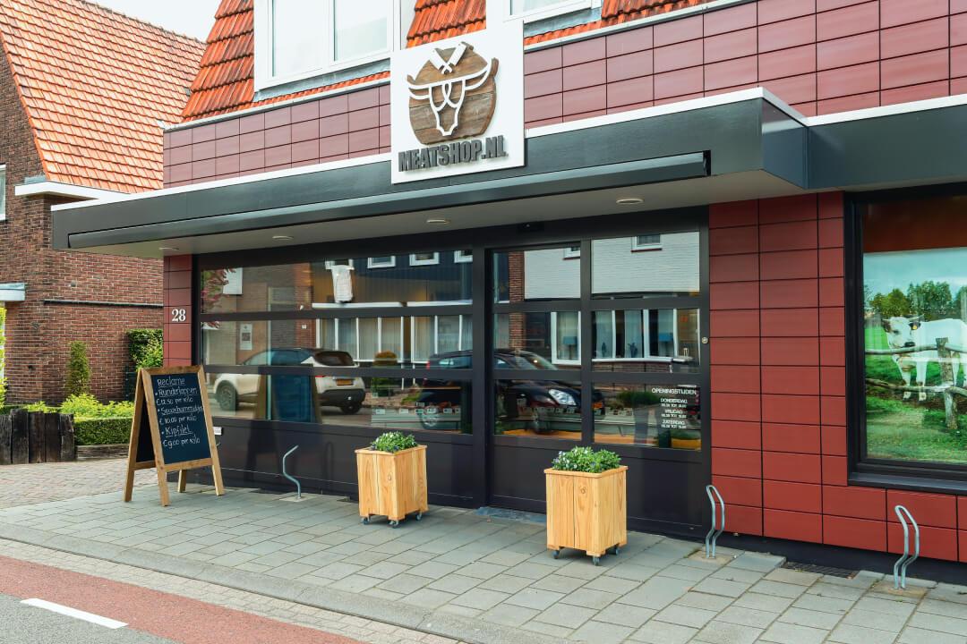 De winkel van Meatshop.nl ligt in het centrum van Baarlo